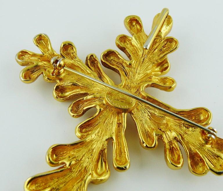 Christian Lacroix Vintage Gold Toned Cross Pendant Necklace For Sale 8