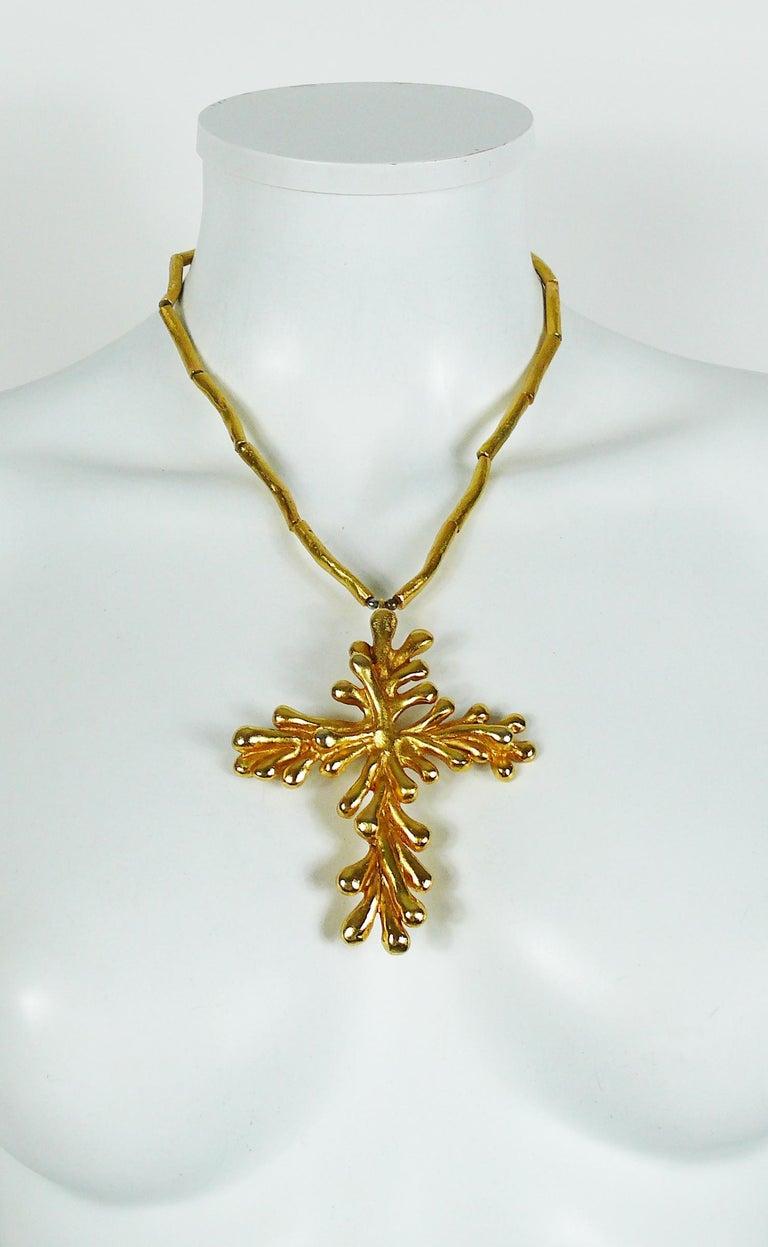 Christian Lacroix Vintage Gold Toned Cross Pendant Necklace For Sale 1