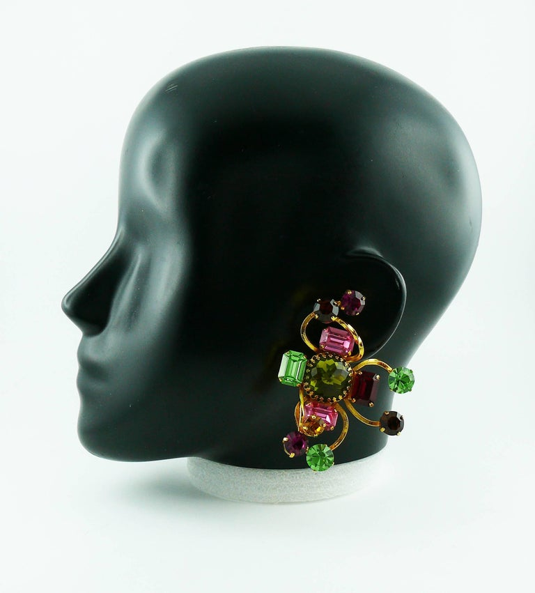 Christian Lacroix Vintage Oversized Jewelled Clip-On Earrings In Good Condition For Sale In Nice, FR