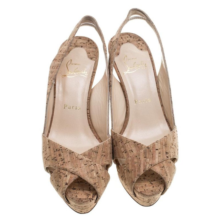 Christian Louboutin Beige Cork Soso Slingback Sandals Size 37 In Good Condition For Sale In Dubai, AE