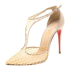 Christian Louboutin Beige Lace Salonu Pointed Toe T Strap Sandals Size 38.5