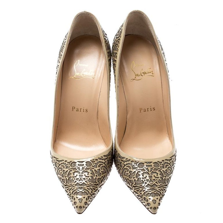 Christian Louboutin Beige Laser Cut Patent Leather And Glitter Pumps Size 36 In Good Condition For Sale In Dubai, Al Qouz 2
