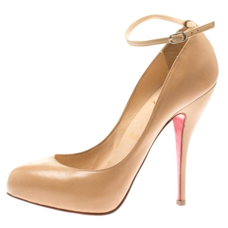 innovative design cfd78 73c49 Christian Louboutin Beige Patent Leather Ankle Strap Platform Pumps Size  37.5