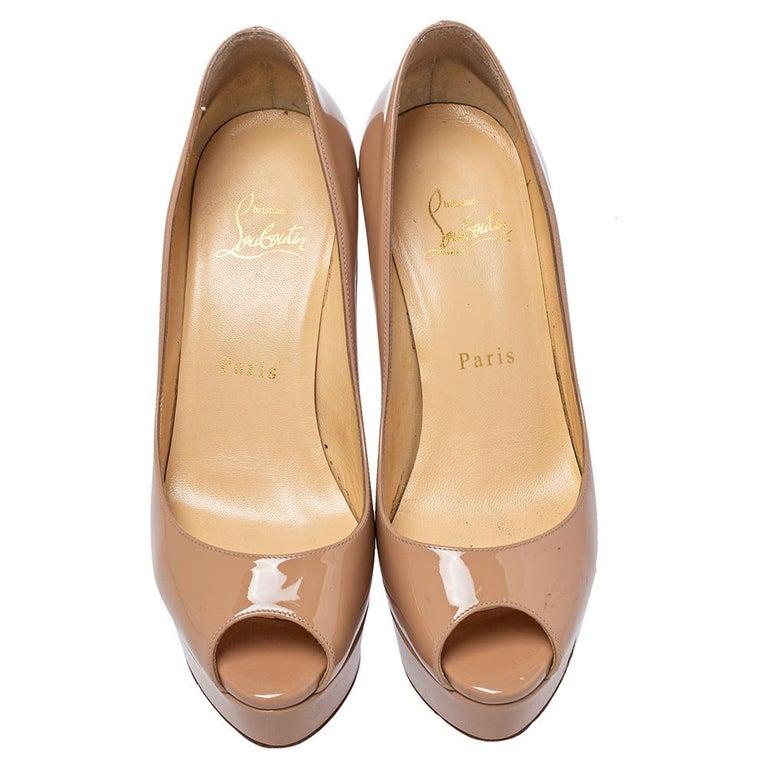 Christian Louboutin Beige Patent Leather Fetish Peep Toe Pumps Size 37 In Good Condition For Sale In Dubai, Al Qouz 2