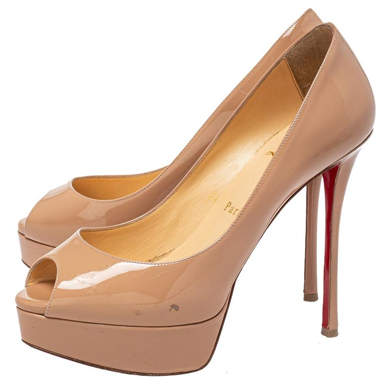 Women's Christian Louboutin Beige Patent Leather Fetish Peep Toe Pumps Size 37 For Sale