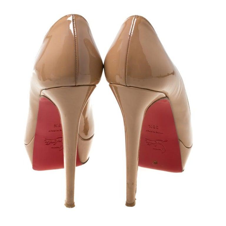 Christian Louboutin Beige Patent Leather Lady Peep Toe Platform Pumps 38.5 In Good Condition In Dubai, Al Qouz 2