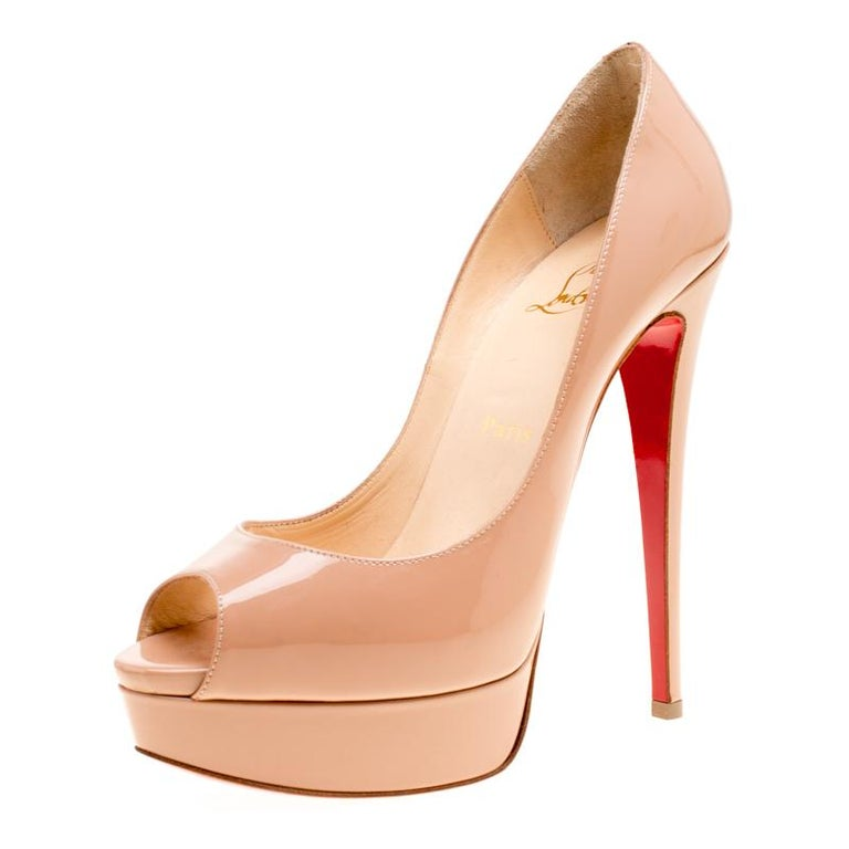 Women's Christian Louboutin Beige Patent Leather Lady Peep Toe Platform Pumps Size 38 For Sale