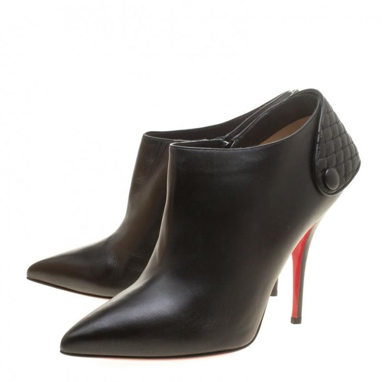 Christian Louboutin Black Leather Huguette Pointed Toe Ankle Booties Size 41 For Sale 2