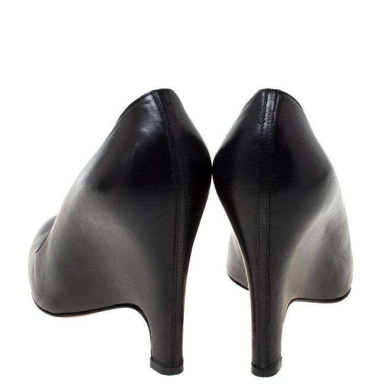 Christian Louboutin Black Leather Wedge Pumps Size 38 In Good Condition For Sale In Dubai, Al Qouz 2
