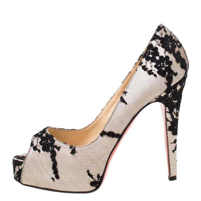 Women's Christian Louboutin Black/Light Pink Lace Very Prive Peep Toe Pumps Size 38