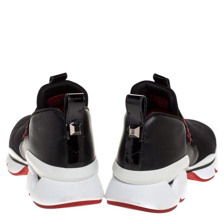 Christian Louboutin Black Neoprene And Leather Lipsy Run Sneakers Size 38 In Good Condition For Sale In Dubai, Al Qouz 2
