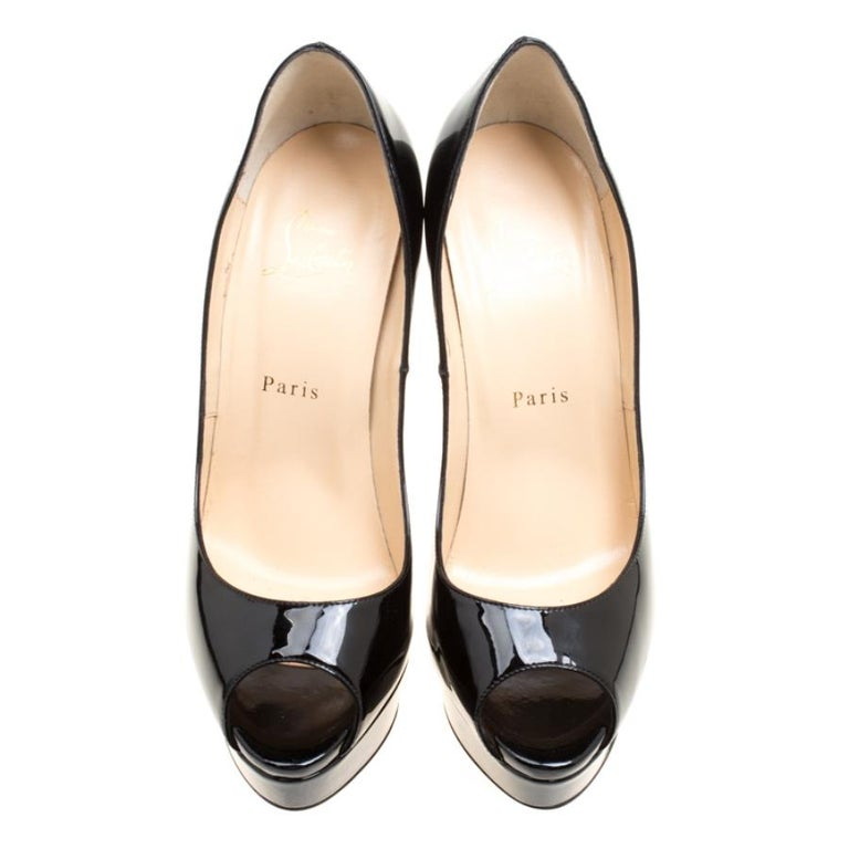 Christian Louboutin Black Patent Leather Lady Peep Toe Platform Pumps Size 39 In Good Condition For Sale In Dubai, AE