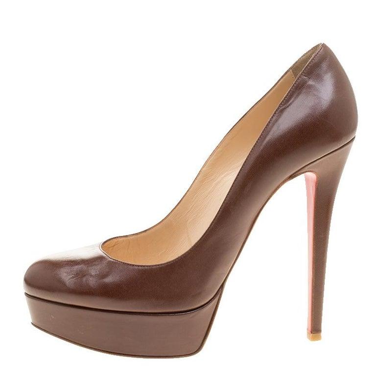 Women's Christian Louboutin Brown Leather Bianca Platform Pumps Size 38.5 For Sale
