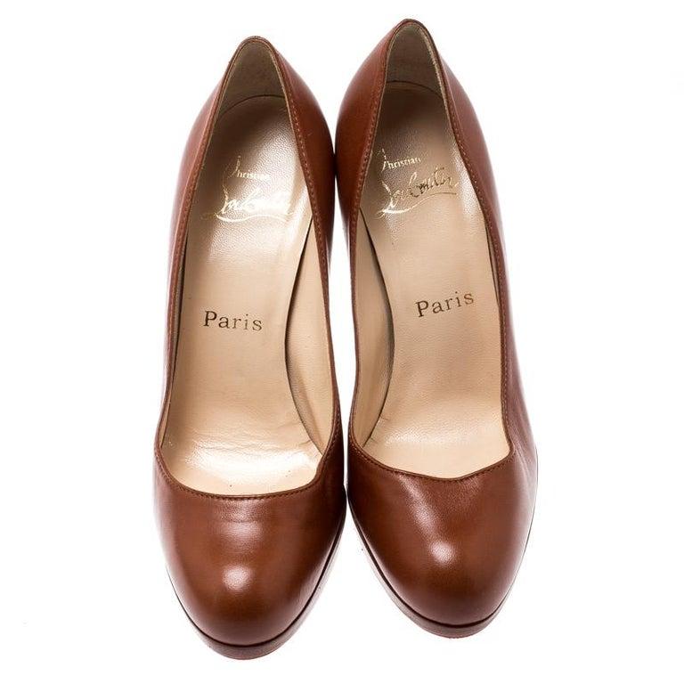 Christian Louboutin Brown Leather Platform Pumps Size 36.5 In Good Condition For Sale In Dubai, Al Qouz 2