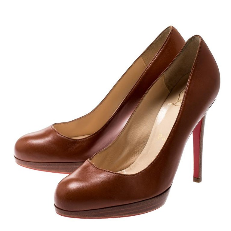 Women's Christian Louboutin Brown Leather Platform Pumps Size 36.5 For Sale