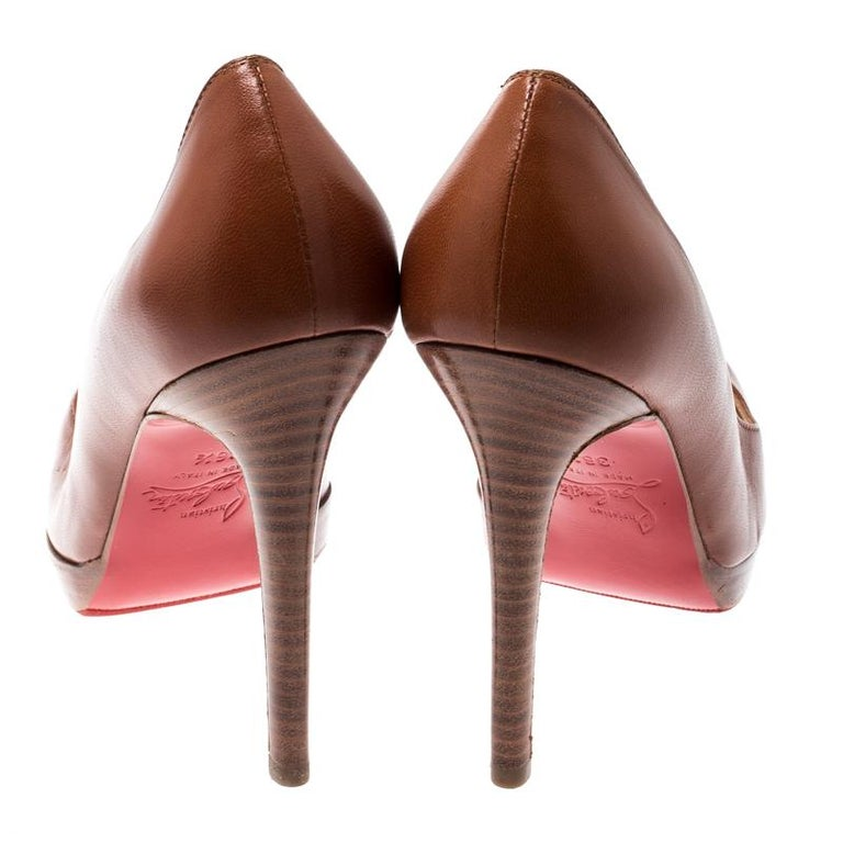 Christian Louboutin Brown Leather Platform Pumps Size 36.5 For Sale 3