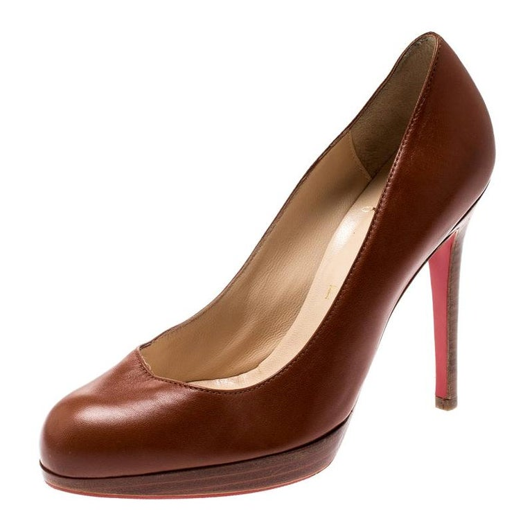 Christian Louboutin Brown Leather Platform Pumps Size 36.5 For Sale