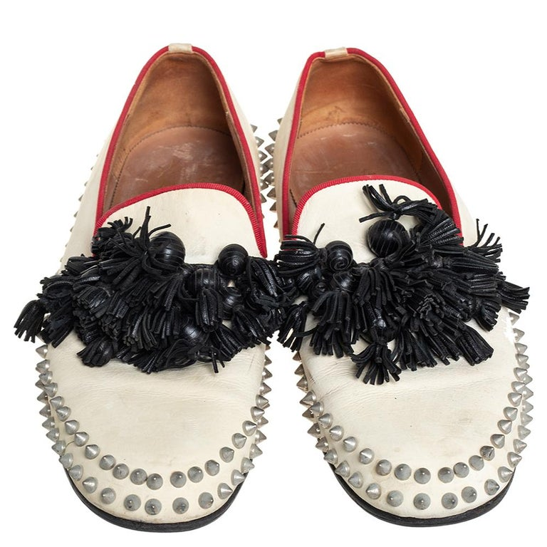 Beige Christian Louboutin Cream Leather Tassel Loafers Size 41 For Sale