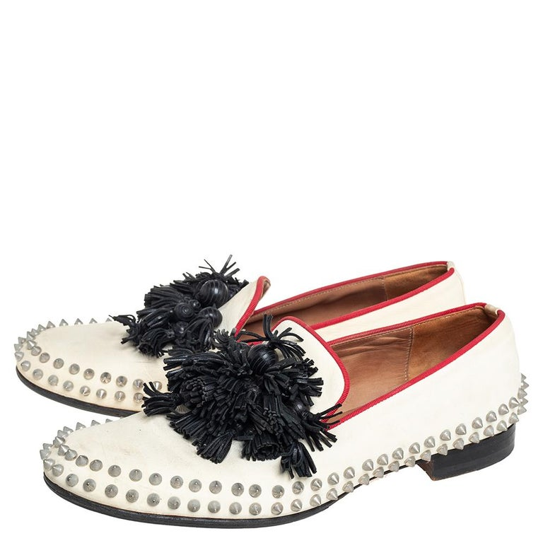 Men's Christian Louboutin Cream Leather Tassel Loafers Size 41 For Sale