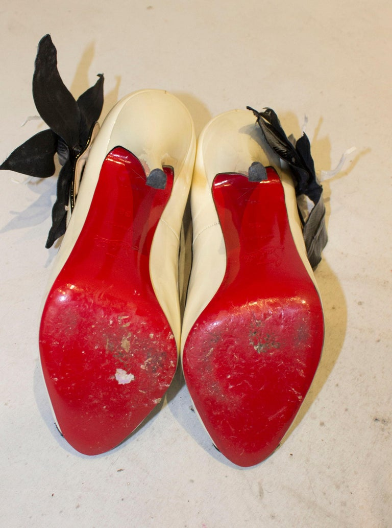 Christian Louboutin Cream Patent Leather Shoes with Peep Toes and Ankle Strap For Sale 2