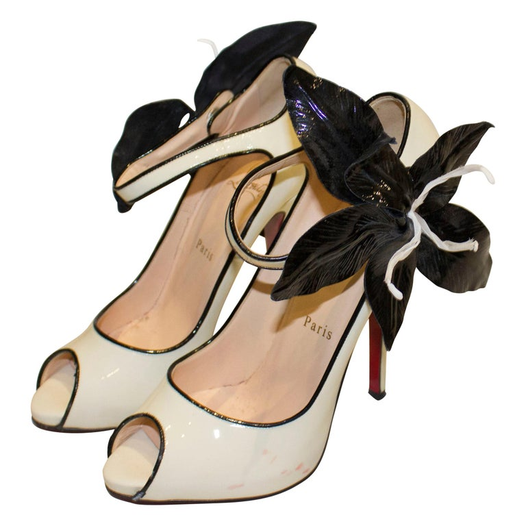 Christian Louboutin Cream Patent Leather Shoes with Peep Toes and Ankle Strap For Sale