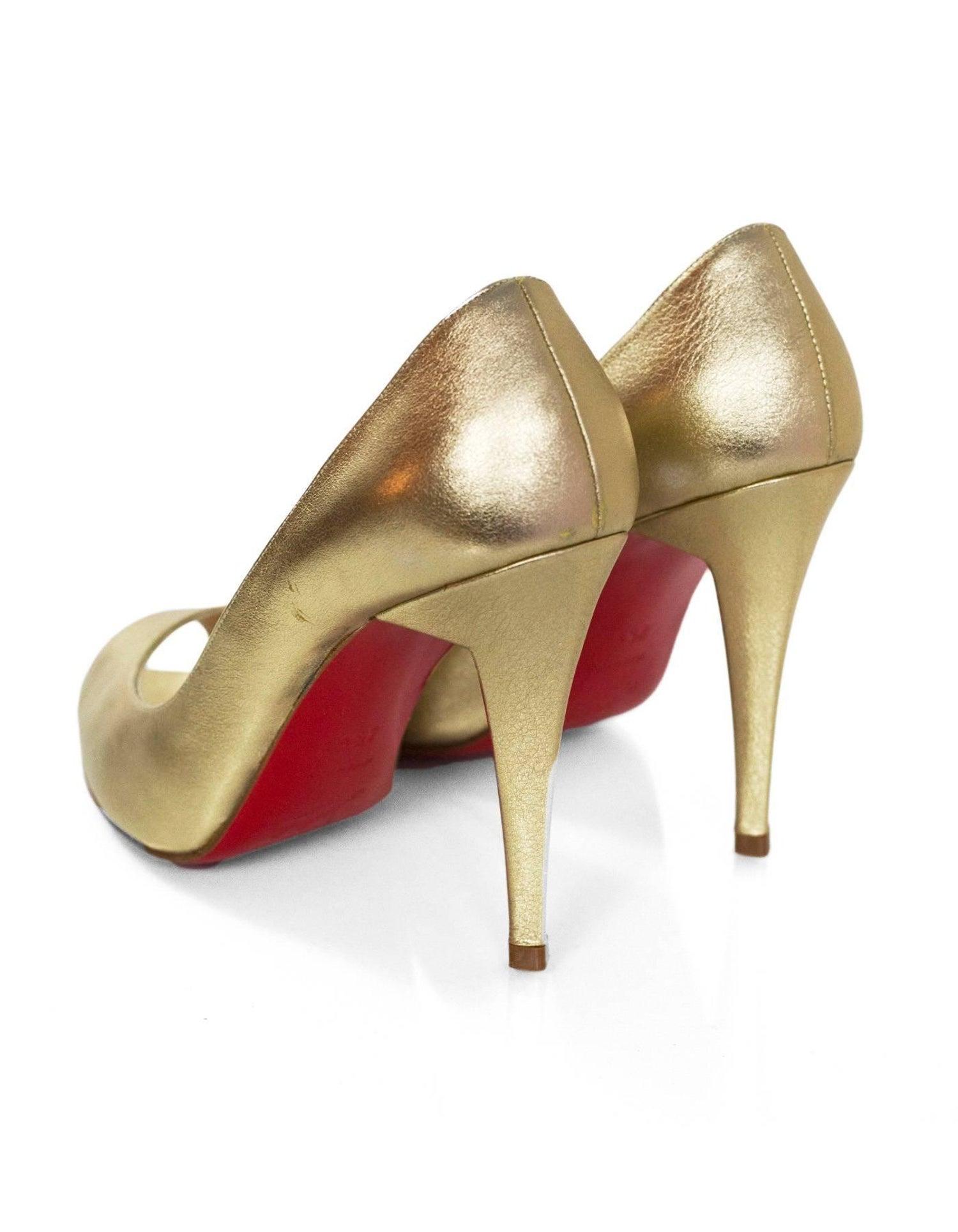 4d52355b2774 Christian Louboutin Gold Altadamia 100 Peep-Toe Pumps Sz 35.5 NEW For Sale  at 1stdibs
