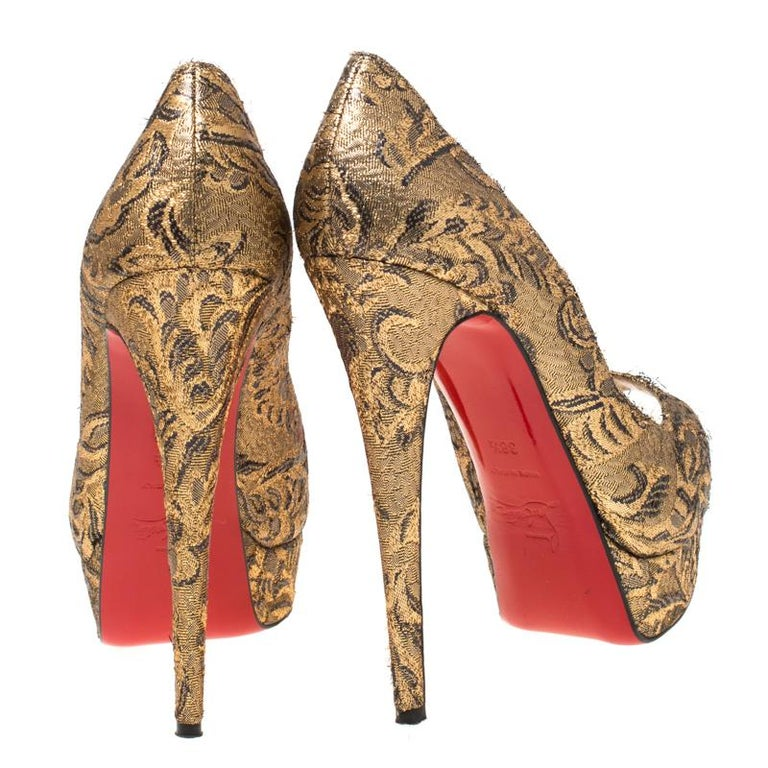 Brown Christian Louboutin Gold Brocade Fabric Lady Peep Toe Platform Pumps Size 38.5 For Sale