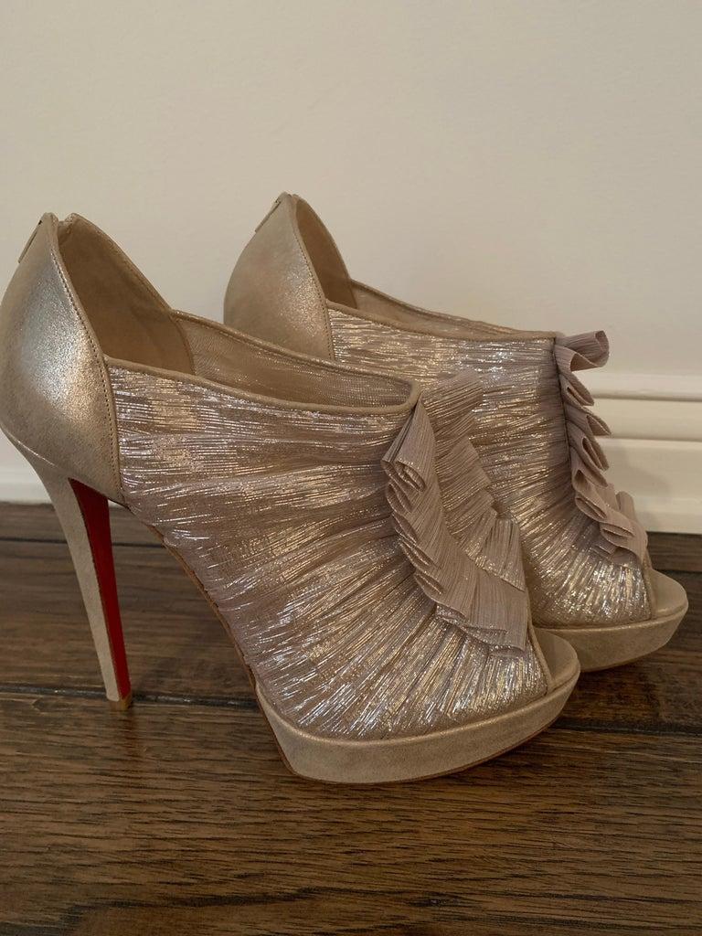 Christian Louboutin Gold Silk Ruffle Stiletto Heels Size 40  For Sale 2