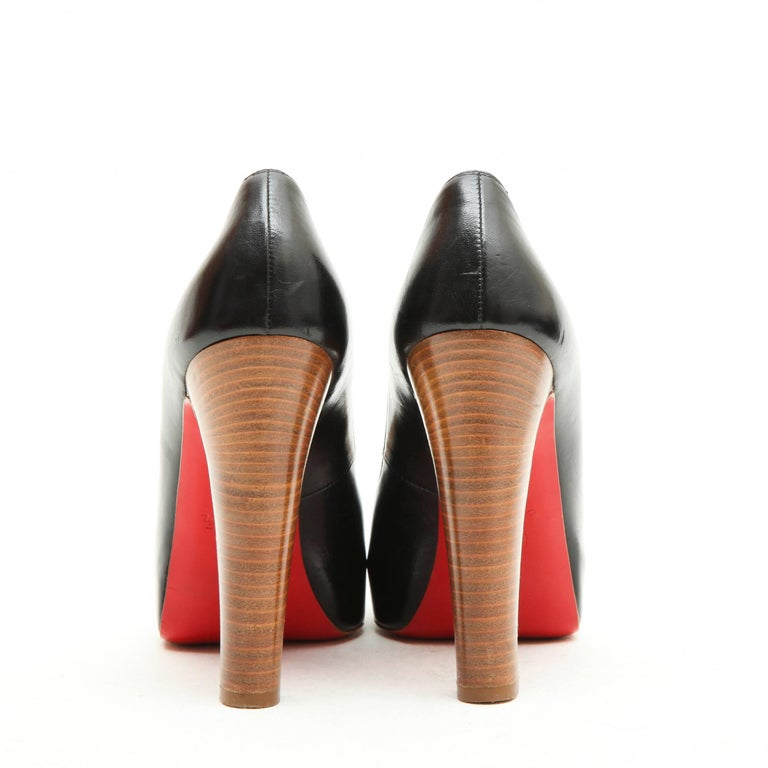CHRISTIAN LOUBOUTIN High Heels Sandals in Black Lambskin Size 38FR In Good Condition For Sale In Paris, FR