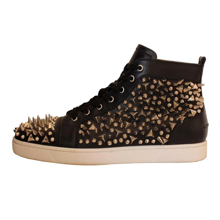 detailed look cfc88 d6662 Christian Louboutin Mens Studded Sneakers 44