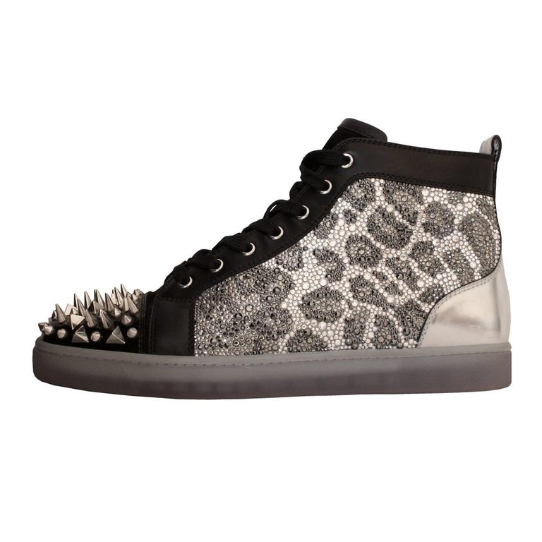 detailed look faf94 ac707 Christian Louboutin Mens Studded Sneakers 44