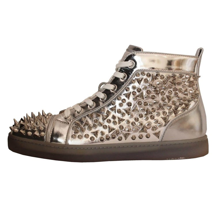 detailed look e6a93 093bd Christian Louboutin Mens Studded Sneakers 44