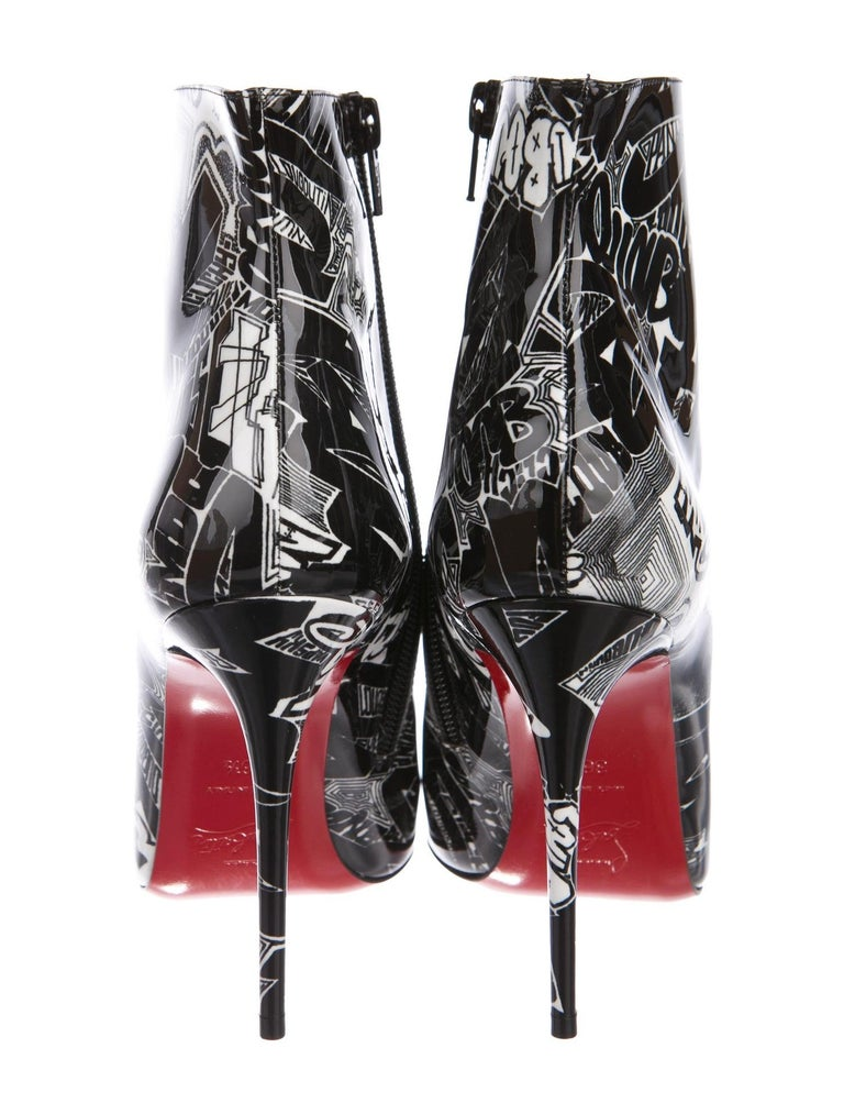 Women's Christian Louboutin NEW Black White Patent Graffiti Ankle Booties Boots in Box  For Sale