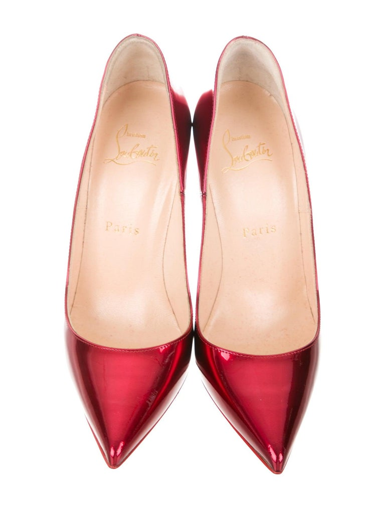 Christian Louboutin NEW Red Pigalle Patent Leather Pumps Heels  Size IT 37 Patent Leather Slip on Made in Italy Heel height 4.75