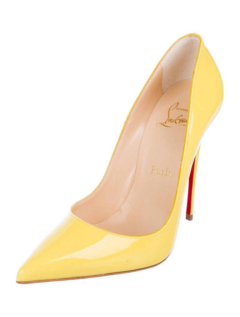 Christian Louboutin NEW Yellow Patent Leather So Kate High Heels Pumps in Box In New Condition In Chicago, IL