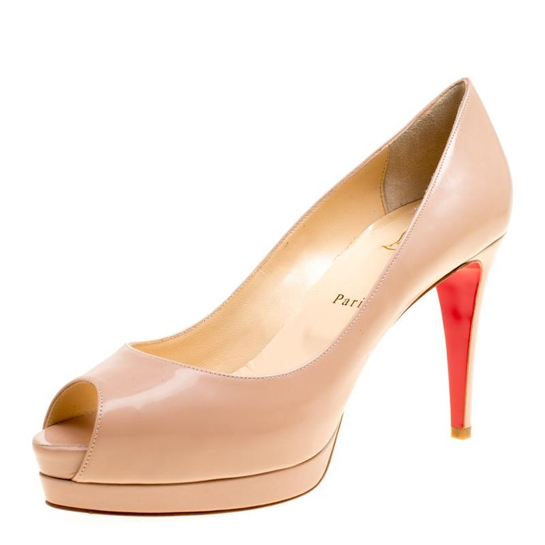 5f2291e9bf8 Christian Louboutin Nude Patent Leather Altadama Platform Pumps Size 40 For  Sale at 1stdibs