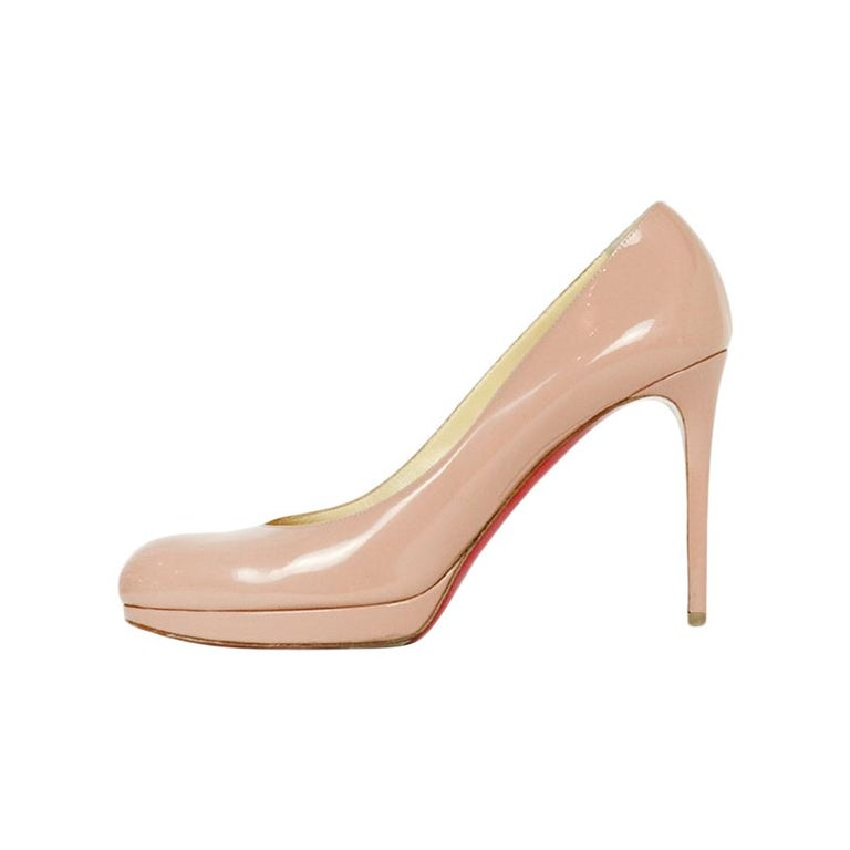 Christian Louboutin Nude Patent Leather New Simple 100 Pumps sz 38.5  rt. $795 For Sale