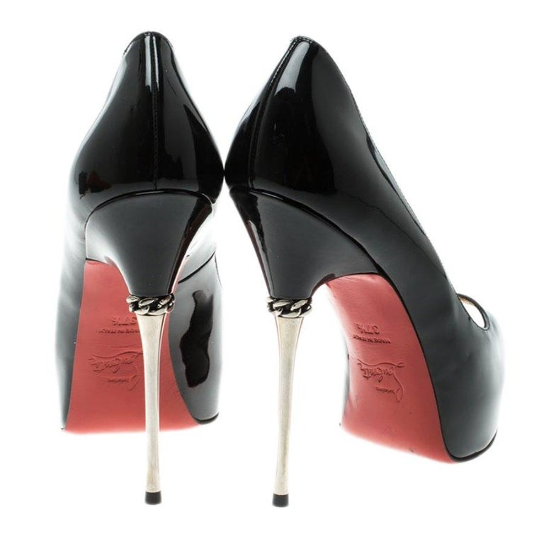 Women's Christian Louboutin Patent Leather Chain Metal Heel Peep Toe Pumps Size 37.5 For Sale