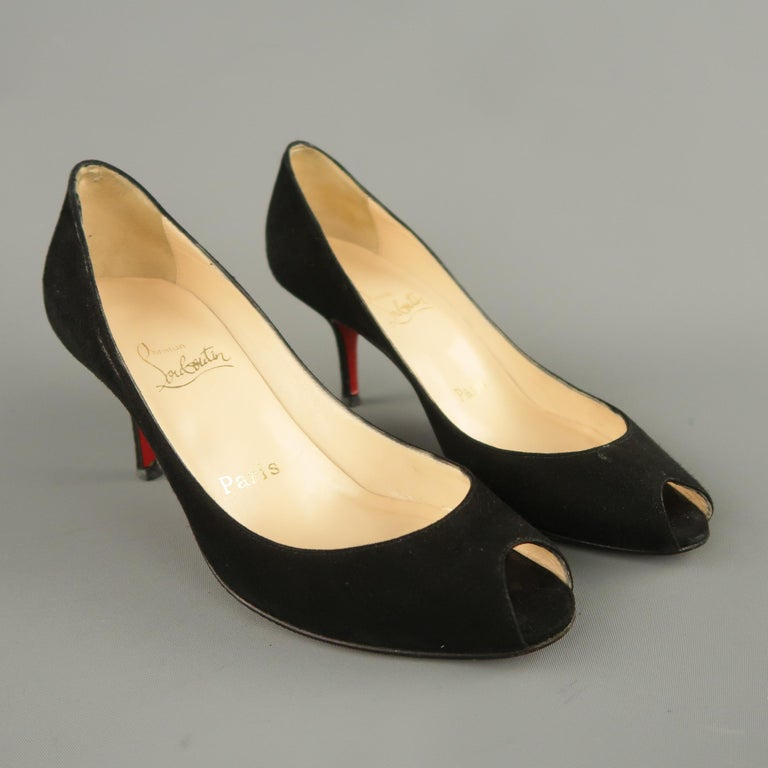 CHRISTIAN LOUBOUTIN Size 6.5 Black Suede Peep Toe Kitten Heel Pumps In Good Condition For Sale In San Francisco, CA
