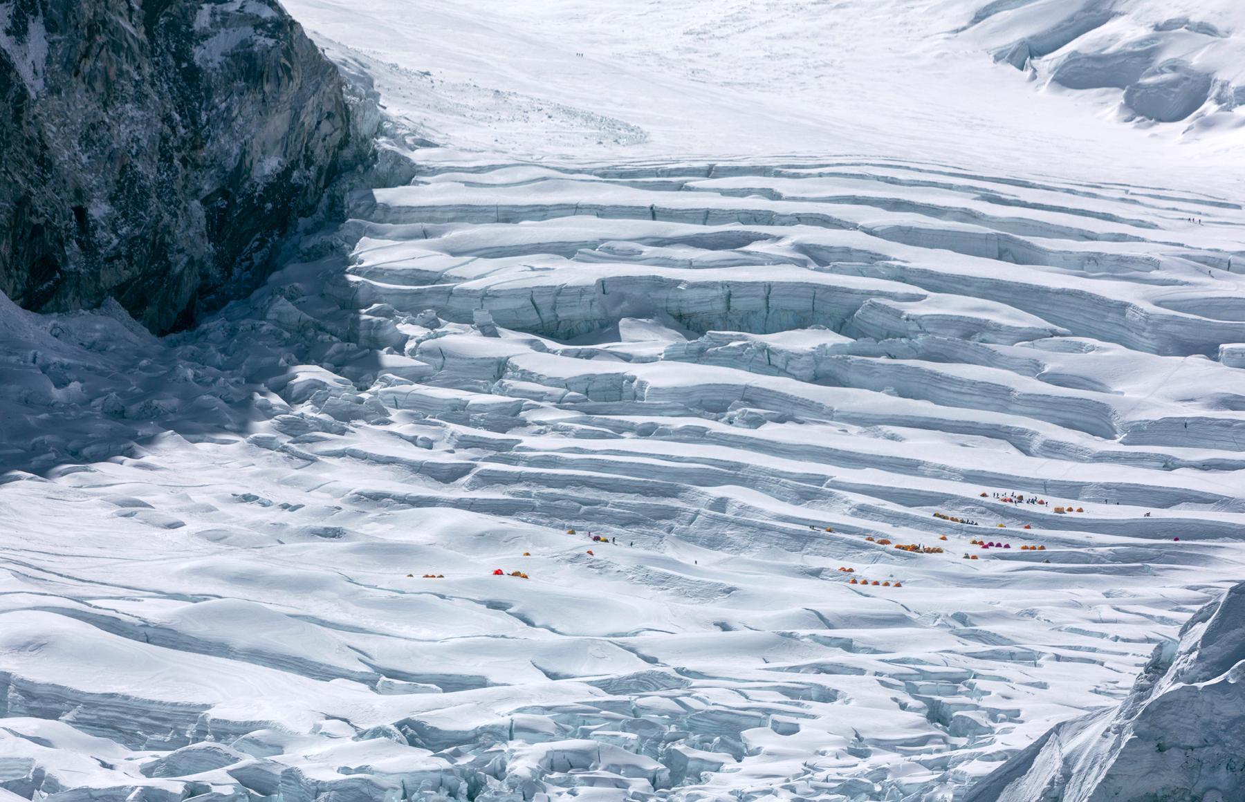 Kumbu Glacier
