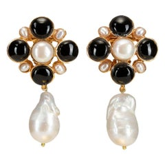 Christie Nicolaides Gold Margot Earrings in Black Onyx & Pearl