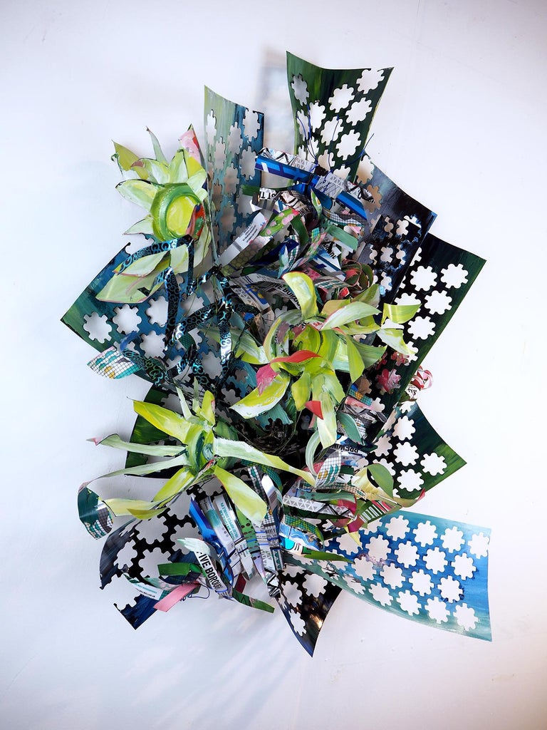 Christina Massey Abstract Sculpture - Hints of Floral