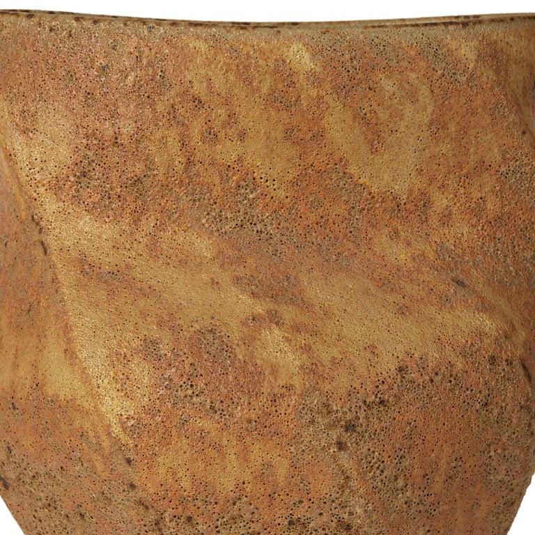 Christopher Carter Oxidised Textured Studio Pottery Vase In Excellent Condition For Sale In Bishop's Stortford, Hertfordshire