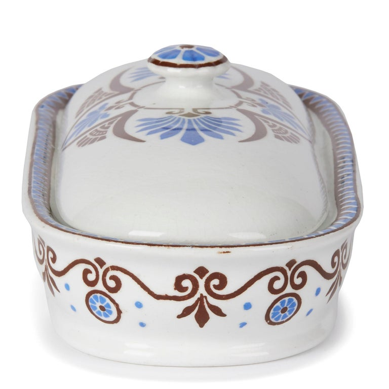 Christopher Dresser for Minton Pottery Lidded Bathroom Box, 1881 For Sale 3