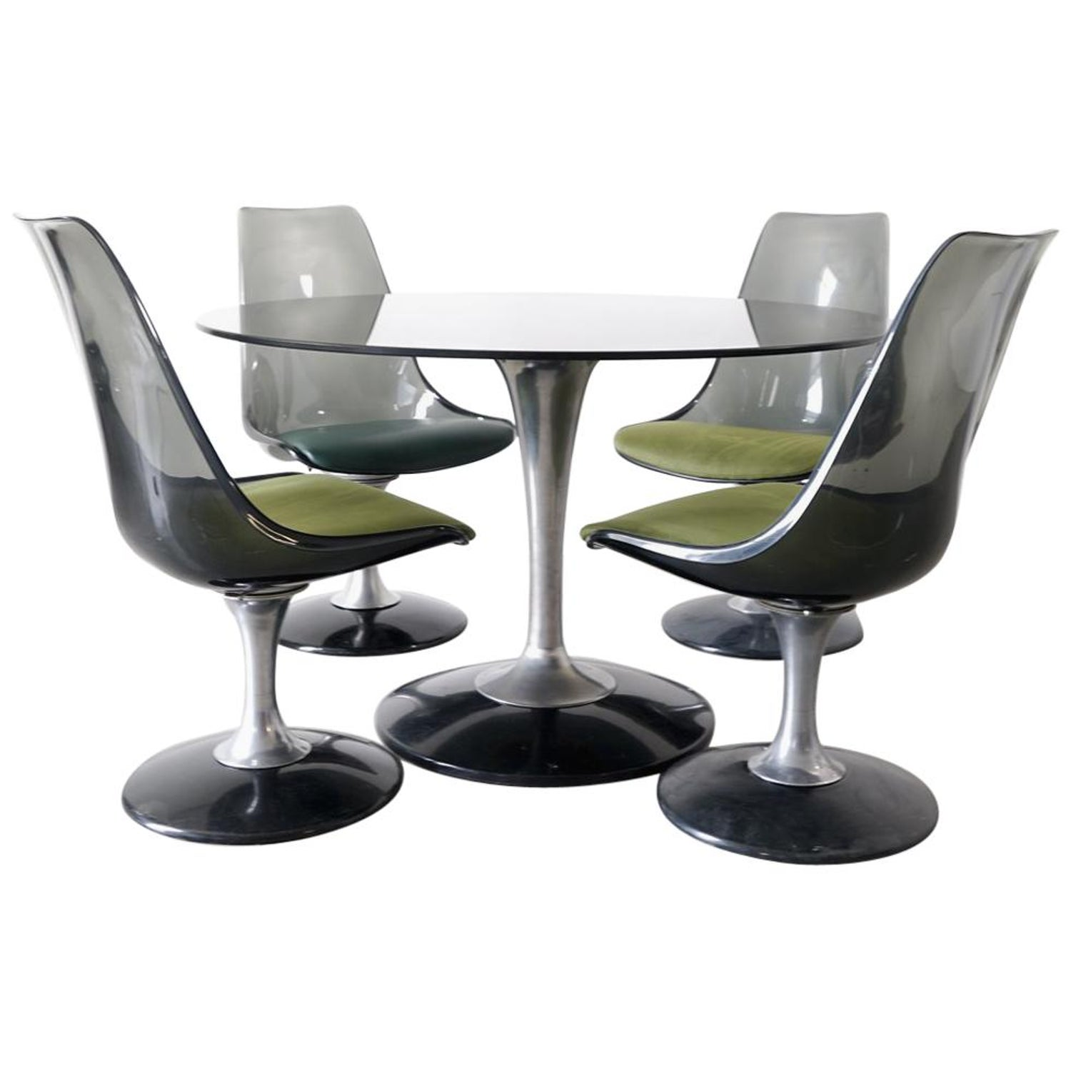 The Chromcraft Metalcraft G D Swivel Tilt Caster Dinette Set Combines Gray Metal And A Driftwood Wood Finish To Form Beautiful Comfortable