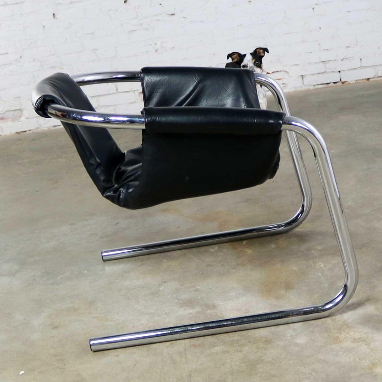 Chrome and Black Vinyl Cantilevered Sling Chair Attributed to Vecta Group, Italy For Sale 4