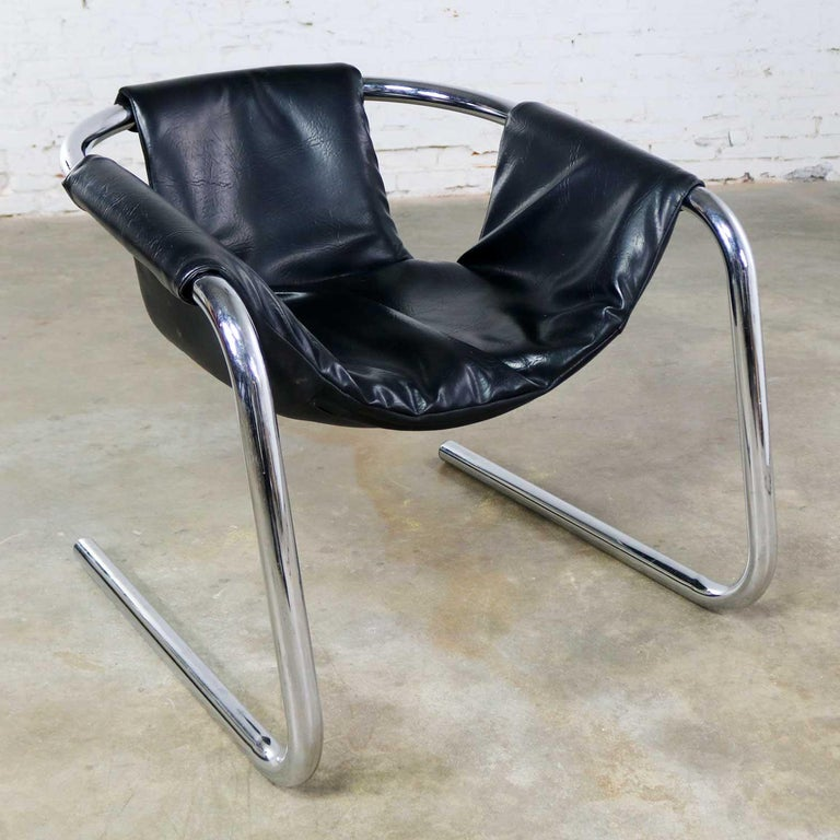 Modern Chrome and Black Vinyl Cantilevered Sling Chair Attributed to Vecta Group, Italy For Sale