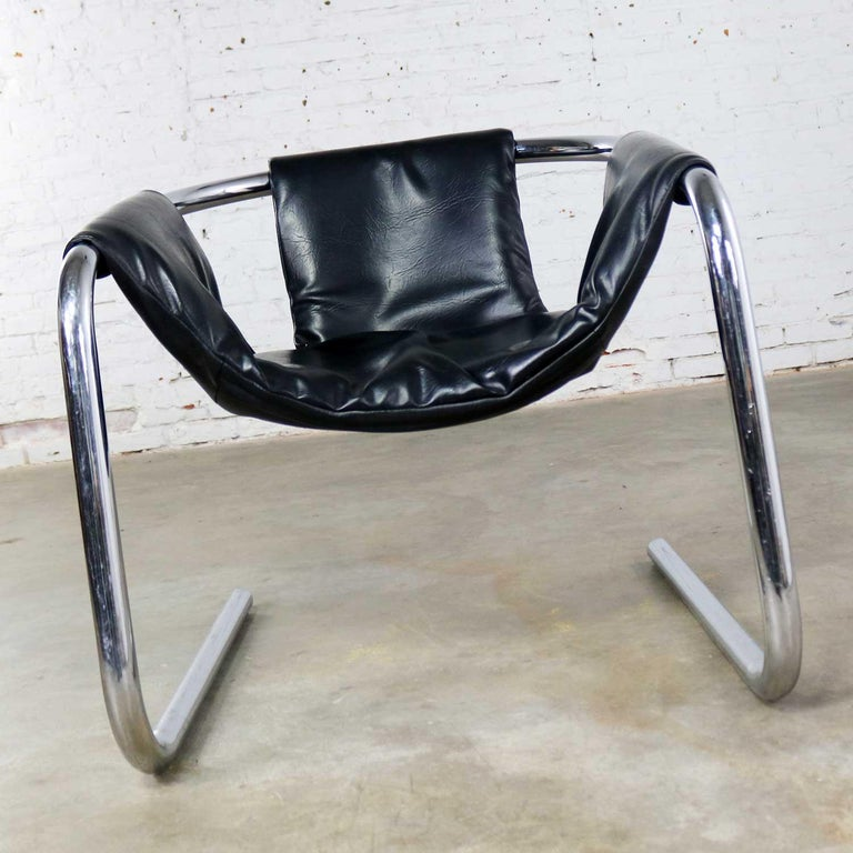 Italian Chrome and Black Vinyl Cantilevered Sling Chair Attributed to Vecta Group, Italy For Sale