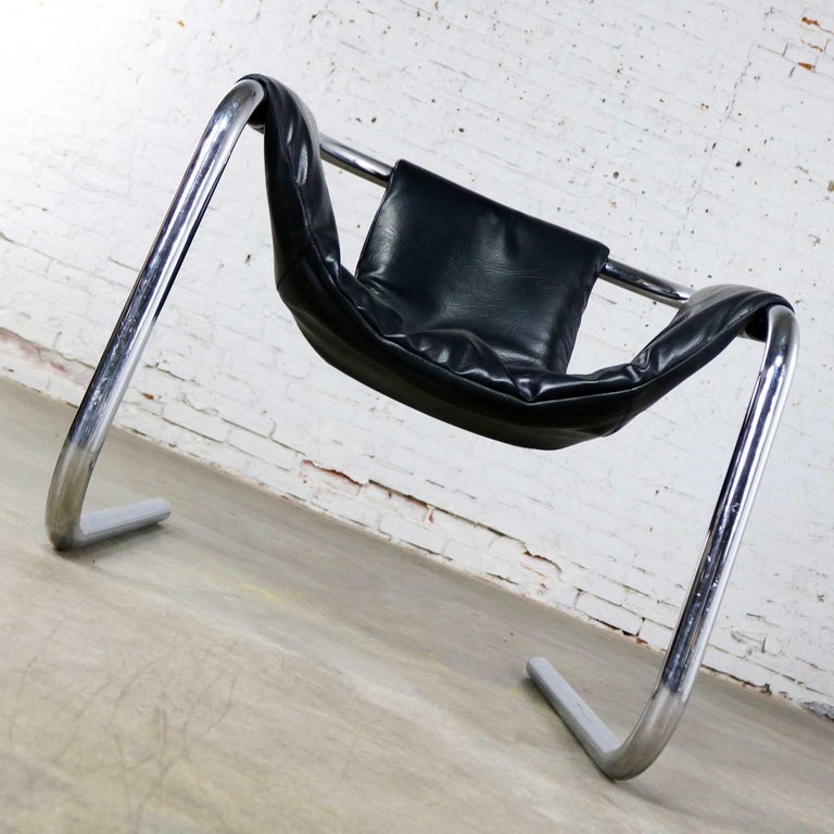 Chrome and Black Vinyl Cantilevered Sling Chair Attributed to Vecta Group, Italy In Good Condition For Sale In Topeka, KS
