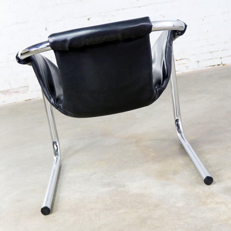 Chrome and Black Vinyl Cantilevered Sling Chair Attributed to Vecta Group, Italy For Sale 3